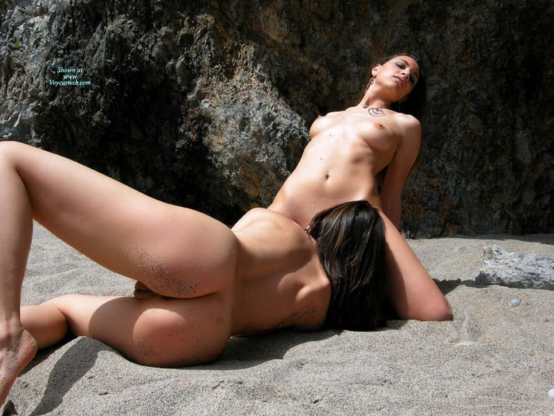 porn-sex-ass-licking-on-a-nude-beach-chix-nude-photos