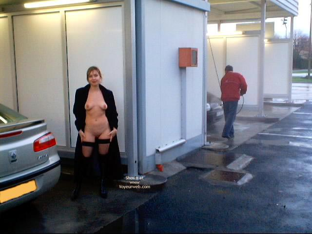 Pic #9 - Elle Adore Poser Nue en Exterieur