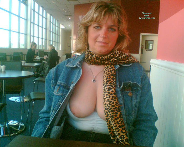 Pic #1 - Nipples Out In Burger King! , FEELING A BIT HORNY IN BURGERKING LINCOLN UK SO DECIDED TO LET THEM POP OUT FOR A BREATHER!!
