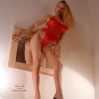 32E Amateur Model Babe