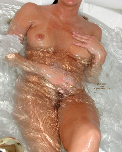 Pic #4 - Snowflake in The Tub