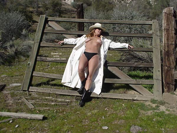 Pic #4 - So Cal Cowgirl