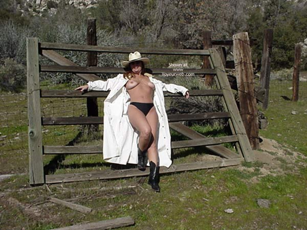 Pic #5 - So Cal Cowgirl