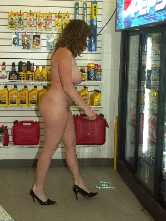 Pic #5 Lisajane Having Fun In Public