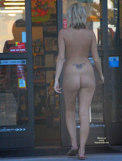Pic #3 Katrina Visits A Store