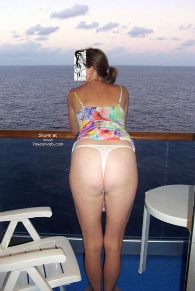 Pic #9 - Hottie Wife On A Cruise