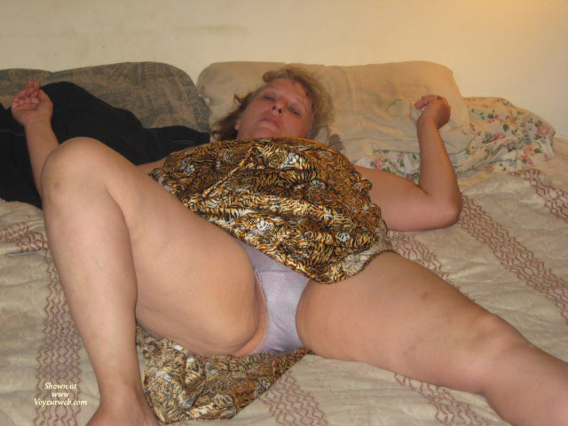 Pic #1 - Illinois Couple , Fun Loving Swinging Couple In Illinois, Looking To Make New Freinds And Contacts