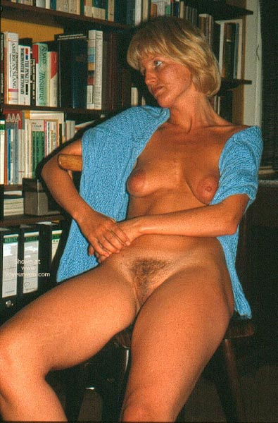 Pic #8 - Enna Unshaved