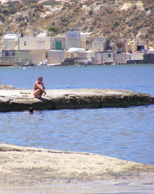 Voyeur Malta 27