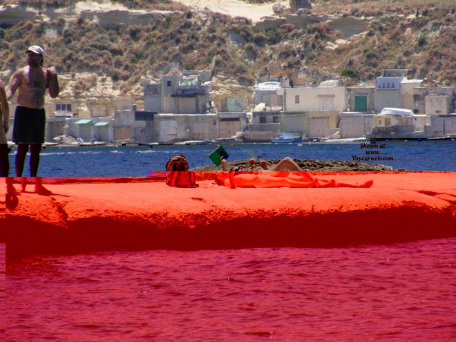 Voyeur Malta 16