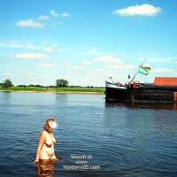 Mausis Heisser Tag an der Elbe