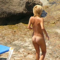 Ibizadelight - Cute Blond Girl Peeing In The Sea