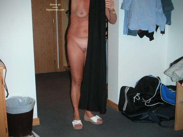 Pic #9 - Wife at The Hotel