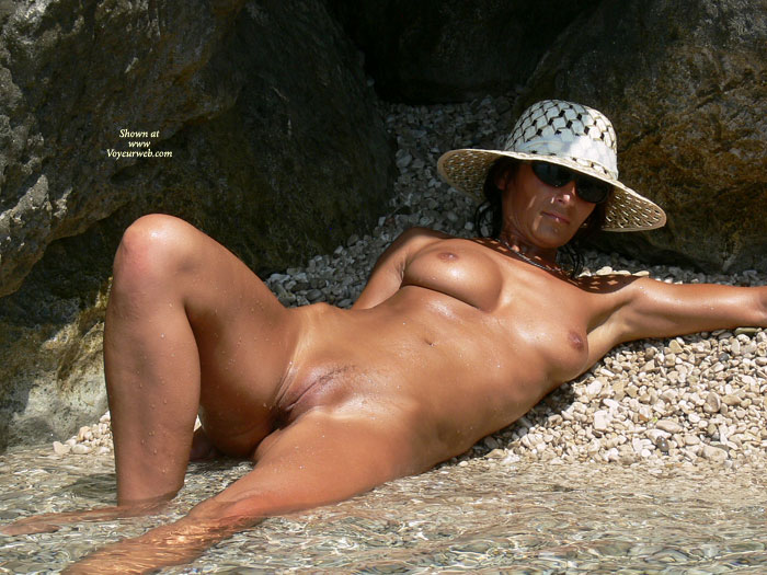 Sunkissed Pussy - Landing Strip, Spread Legs, Trimmed Pussy, Naked Girl, Nude Amateur , Legs In Water, Nude Laying Half In The Water, Beach, Bronze Skin Tone, Laying In Stream With Legs Spread, All-over Tan, Nude Sunbating, Pussy Lips