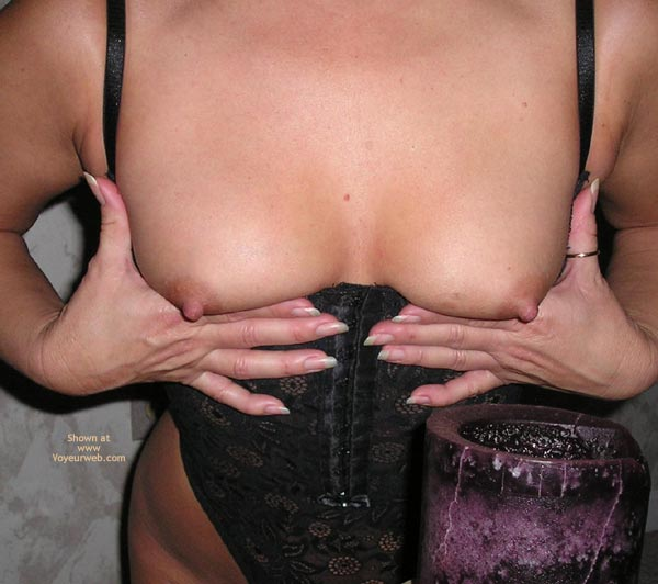 Pic #3 - 40's Wife First Time