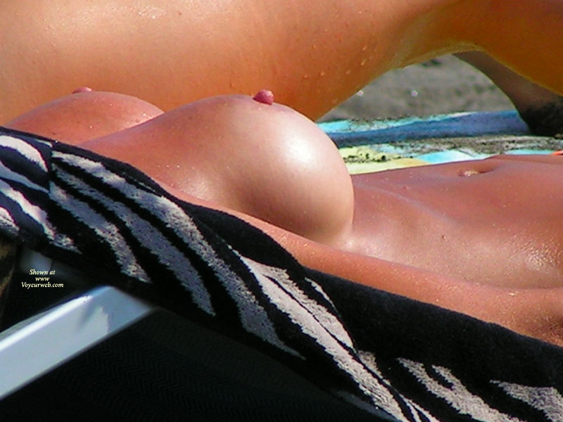 Pic #1 - Beach Voyeur - Big Tits, Erect Nipples, Hard Nipple, Large Breasts, Beach Tits, Beach Voyeur, Naked Girl, Nude Amateur , Tanned Wet Skin, Wet Body, Twin Peeks, Beach Shot, Tit Voyeur, Erect Hard Nipples, Close-up Brests, At The Beach, Large Full Breasts, Pebbly Nipples, Nude Sunbathing