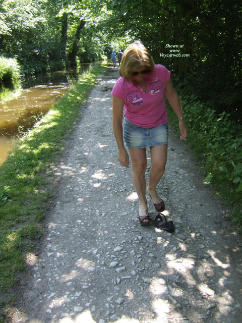 Pic #1 - Wales Canal Walk , A Nice Sunny Afternoon In Wales , Well What Do You Do?<br />You Go For A Walk And Lose All Your Clothes Of Course !!<br />Gen Bi Fem Swinger We Look For Single Girls, Cples And The Occasional Exceptional Single.<br />Enjoy The Pics , By The Way , They Are Blurred And Afraid Always Will Be .<br />xxxxx<br />zam