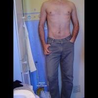 M* Petit Strip Masculin dans la Salle de Bain