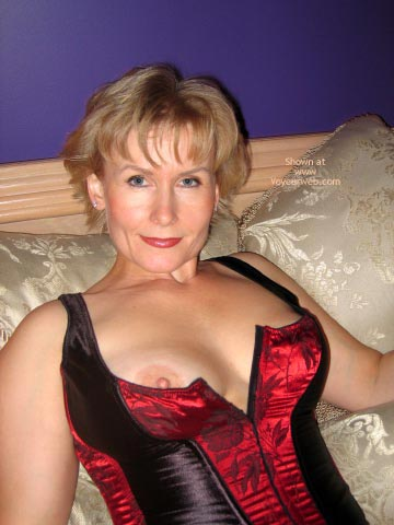 Pic #1 - Mature - Corset, Mature, Red Lips, Top , Mature, Red Lipstick, Tittie Peeking, Nipple Slip From Hot Top, Tits Peeking Out Of Corset