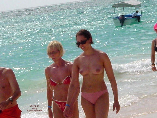 Pic #8 - Good Tits In Punta Cana