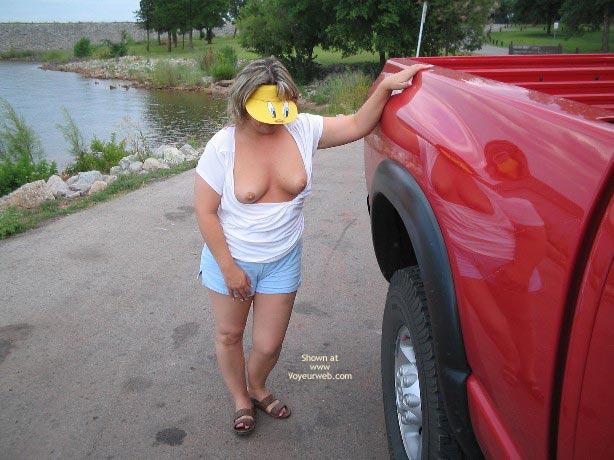 Pic #7 - Tits and Daisy Dukes