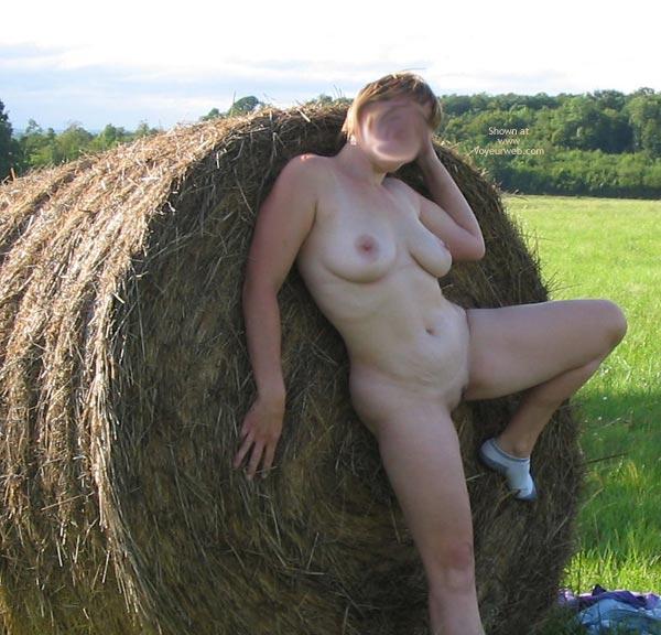 Pic #5 - Ma Femme II
