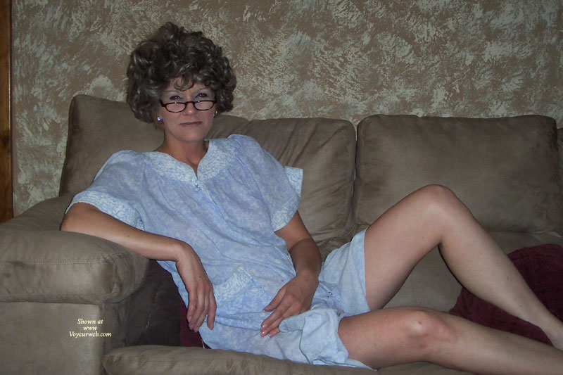 Pic #1 - Mature Ruth , Sexy And Sly Ruth Is A Mature Older Lady Who Loves To Tease And Please.