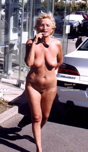 Pic #5 - Wife Nude On Cap d'Agde, France