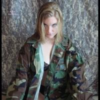 Dear Troops, Love Ella (1 Of 2)