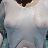 Wet White T-shirt - Large Aerolas