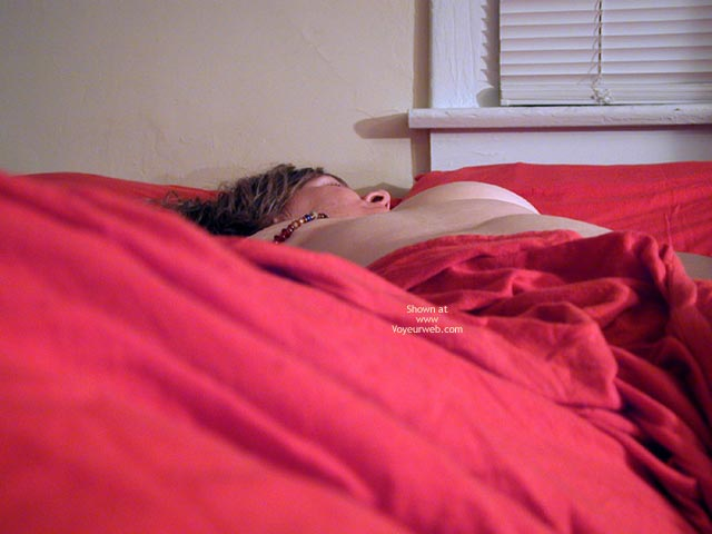 Pic #1 - Oh Wife Rolling In The Red Sheets 1