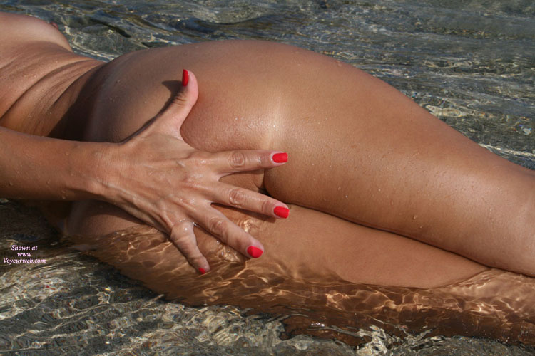 Pic #1 - Sexy Milf Tit And Ass Shot - Milf, Round Ass , Milf In The Water, Tanned On The Beach, Red Fingernails, Red Nails, Hand Covering Ass, Hand Covering Ass In Clear Water, Round Tan Ass, Photo Art, Hand On Arse