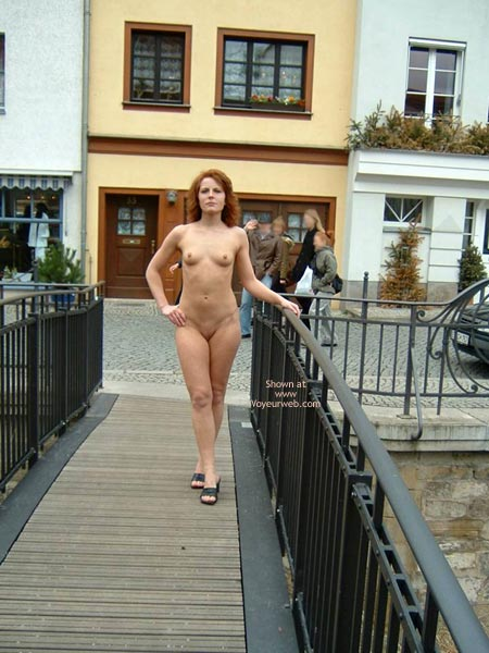 Pic #1 - Nude Girl On Public Bridge - Shaved Pussy , Nude Girl On Public Bridge, Shaved Pussy