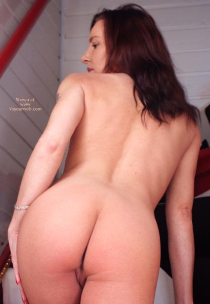 Pic #7 - Susy Rocks Naked On The Stairs