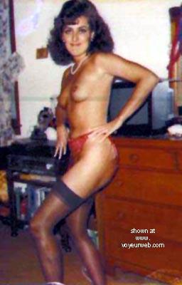 Pic #5 - Hot Banker Mom Lynn