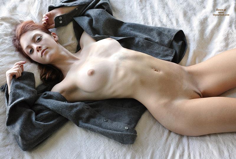 Alicia? slim nude redhead lying on back. Slim Nude Redhead Lying On Back