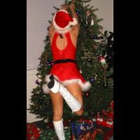Xm Rachel As Santa'S Helper