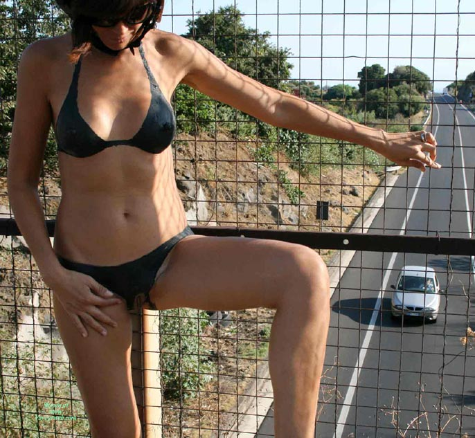 Body Paint Bra And Panties - Exhibitionist, Sunglasses , Bodypainting, Painted On Clothes, She Provocate With Painted Lingerie Outside, Wearing Sunglasses, Standing Above Roadway, Standing On Crosswalk Above Street, Posing At Sunlight, Standing On Walkway Above Road, Bottomless Exhibitionist On Highway Overpass