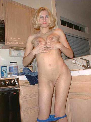 Pic #4 - Beautiful Becky Posing