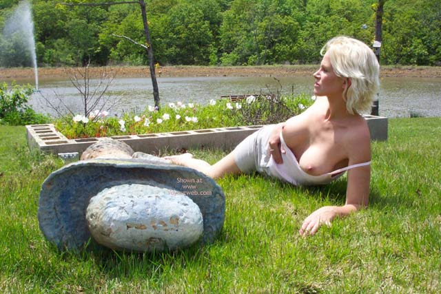 Pic #7 - Spring Time Nude Time