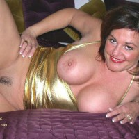 Trim Bush - Large Breasts