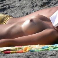 Beach Tits - Large Breasts, Topless Beach, Topless, Beach Tits, Beach Voyeur, Sexy Boobs