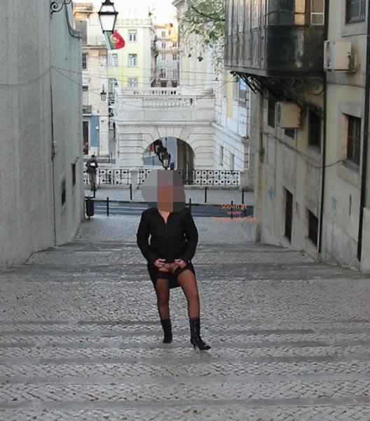 Pic #2 - Portuguese Body In Lisboa