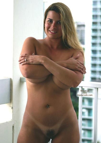 Pic #1 - Breasts Covered With Arms - Blonde Hair, Standing , Breasts Covered With Arms, Navel Jewelry, Blonde, Standing