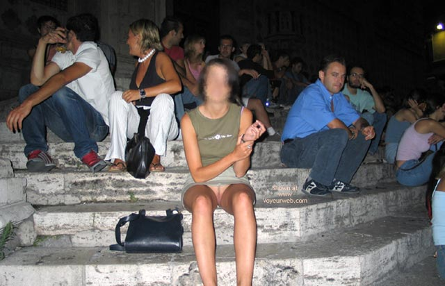 Pic #9 - Kirstine Flashing In Italy
