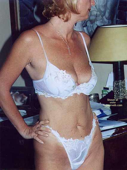 Pic #1 - *Tw Patrizia Takes Off Her Lingerie And Gets Naked