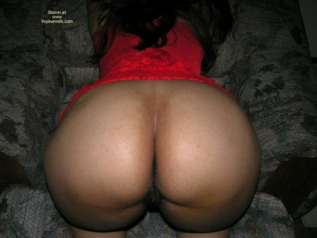 Pic #2 - Round Ass