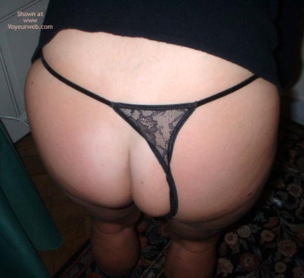 Pic #1 - Uk Wife Only Wears Thongs3