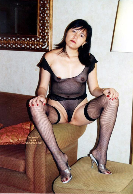 Pic #1 - Karen Asia Wife , She Love To Show, Await For Your Comments.