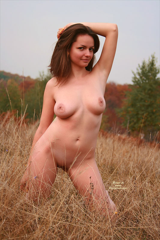 Pic #1 Hellen In Autumn Splendor 2